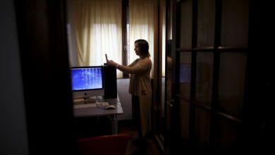 Photo of La pandemia plantea desafíos para los argentinos que buscan tratamiento