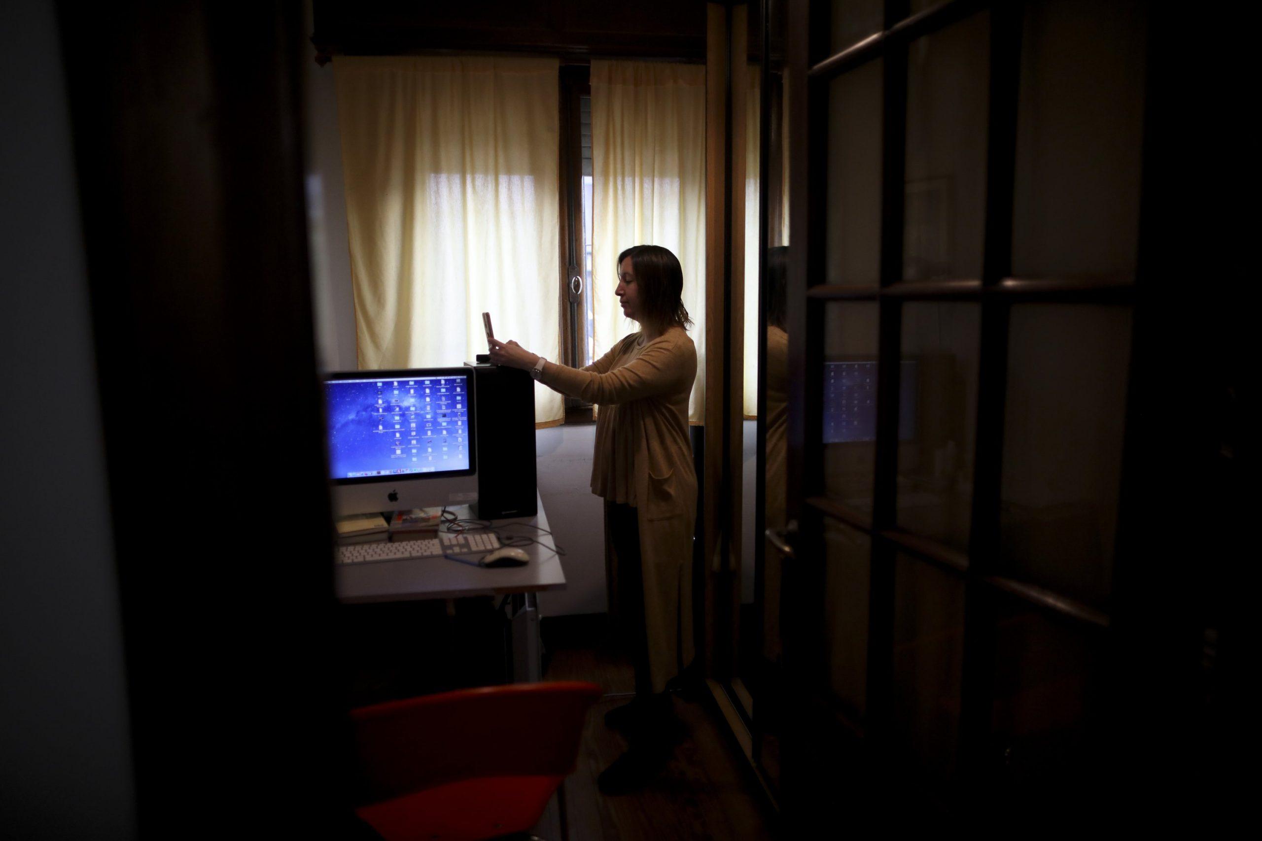 La pandemia plantea desafíos para los argentinos que buscan tratamiento